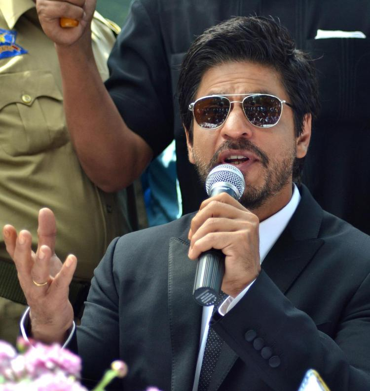 Shahrukh Khan Speaks About His New Untitled Movie At A Press Conference in Srinagar