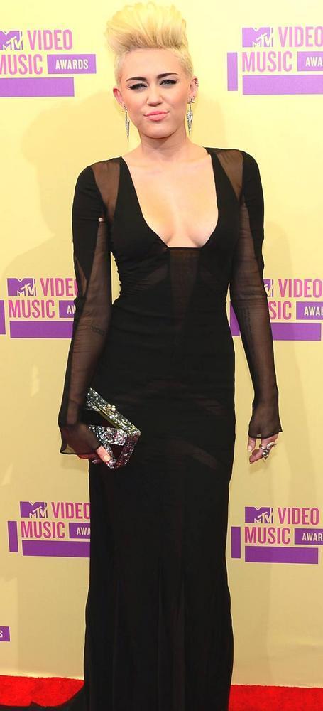 Hot Singer Miley Cyrus Arrives at Mtv Video Awards 2012