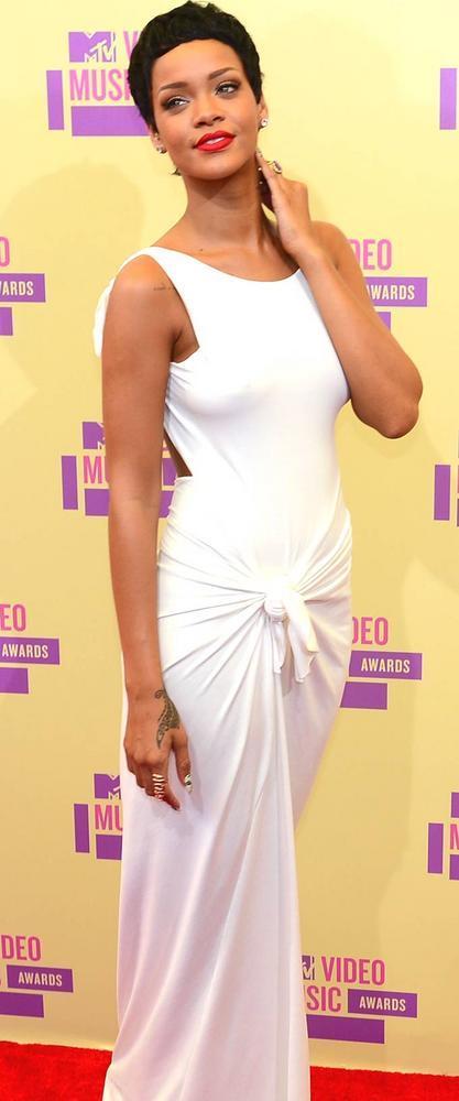 Rihanna at Mtv Video Awards 2012