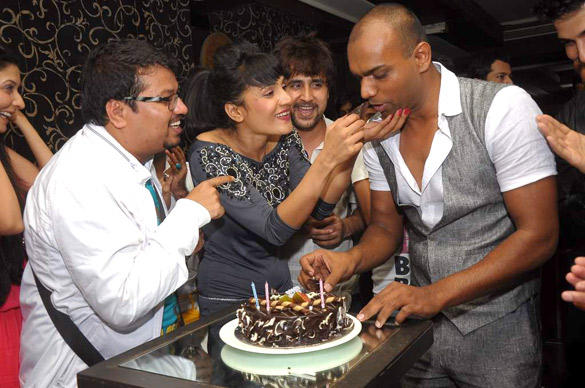 Maushmi Badra Celebrates Her Birthday With Friends
