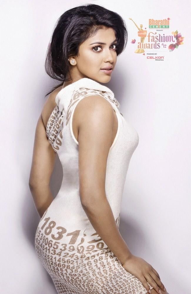 Amala Paul Photo Shoot For Southspin Fashion Awards 2012