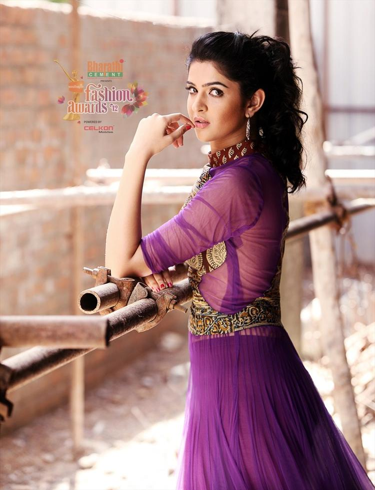 Deeksha Seth in Southspin Fashion Awards 2012 Calendar