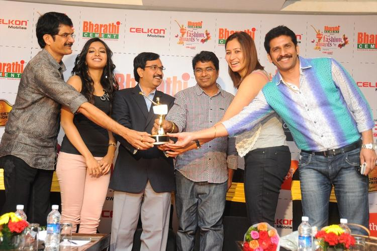 Catherine Tresa,Jwala Gutta With Others at Southspin Fashion Awards Press Meet 2012