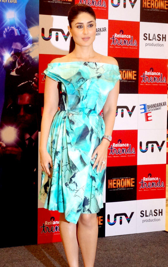 Sexy Queen Kareena Unveil Of Main Heroine Hoon Song Launch Event