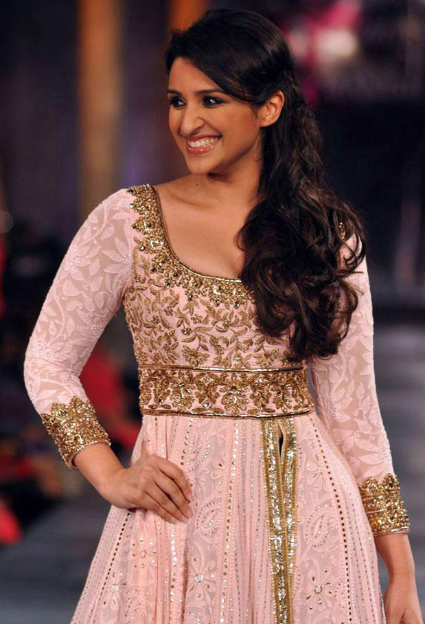 Parineeti Chopra at Mijwan-Sonnets In Fabric Fashion Show