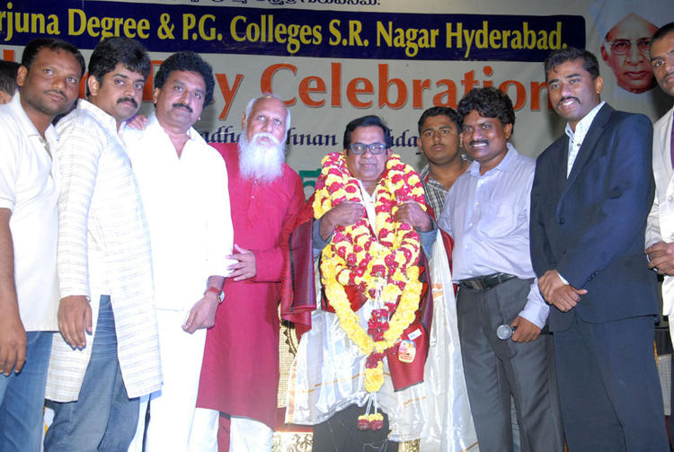 Brahmanandam Felicitation Photo at Teachers Day Celebrations
