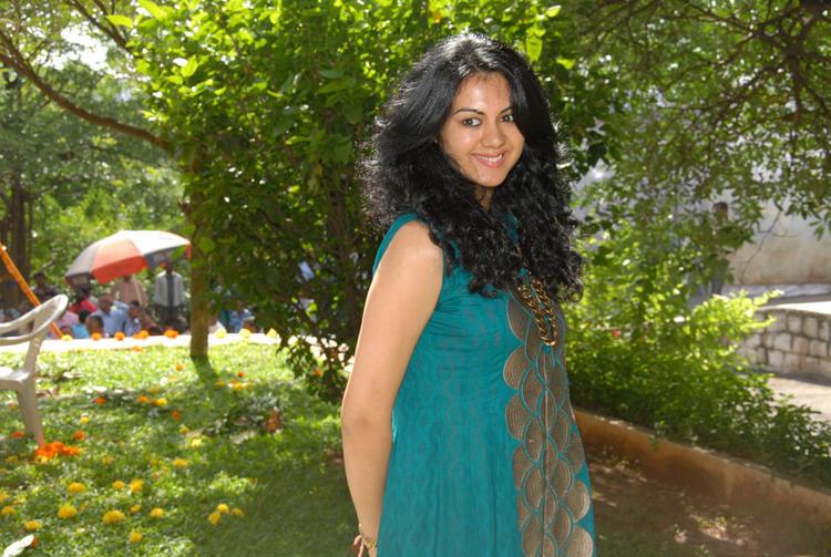 Kamna Jethmalani Pose For Photo Shoot at Band Balu Movie Launch Event
