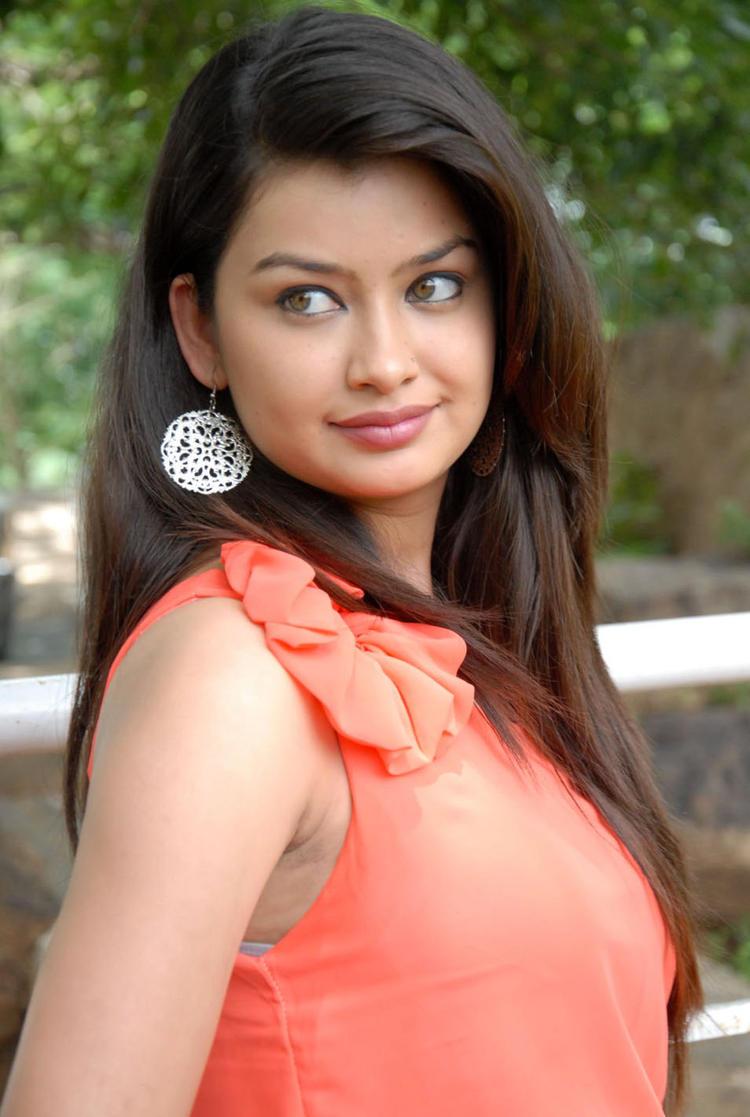 Chandini Romantic Face Look at Devadas Style Marchadu Launch