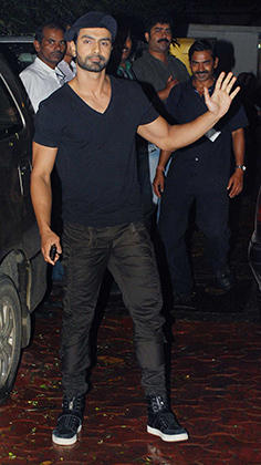 Ashmit Patel Snapped at Shilpa and Rajs Juhu Bungalow For Raj Kundras Birthday Party