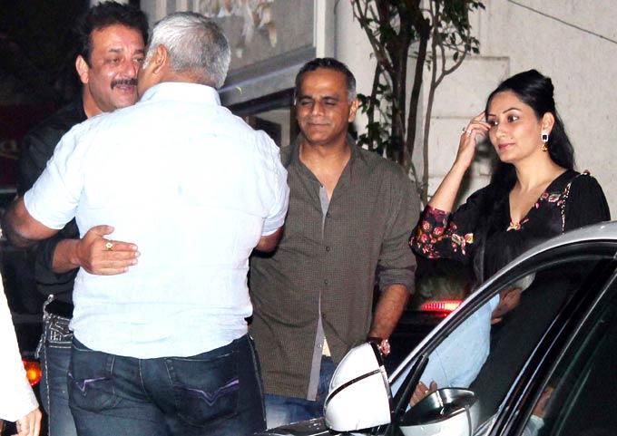 Sanjay Dutt Greets A Guest As Manyata Looks On During Raj Kundras Birthday Bash