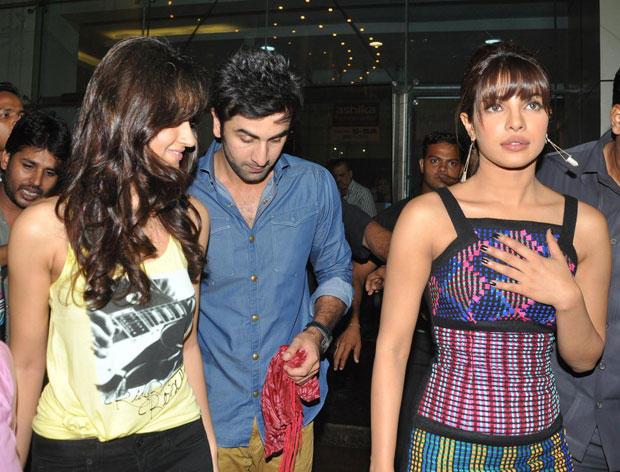 Priyanka,Ileana and Ranbir Spotted at Barfi Promotion In R City Mall