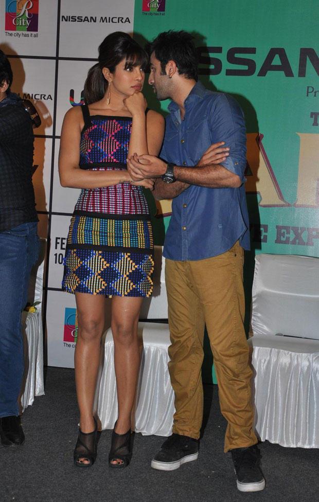 Ranbir Kapoor and Priyanka at Barfi Promotions in R City Mall