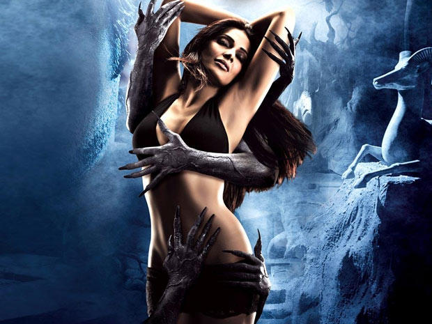 Bipasha Basu Latest Spicy Hot First Look Pic