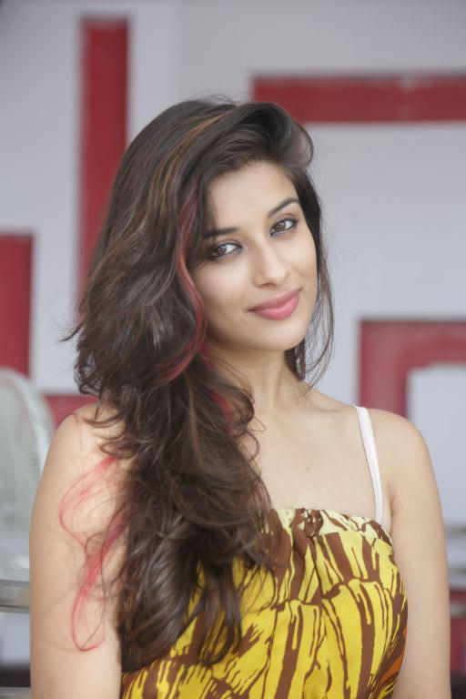 Madhurima Sweet Look Photo Shoot
