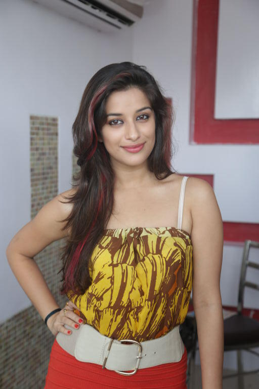 Style Icon Madhurima Photo Shoot In Mini Dress