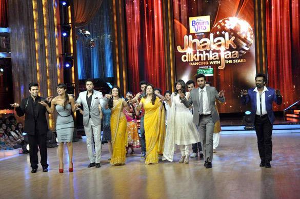 Ileana,Priyanka and Ranbir Promote Barfi With Jhalak Dikhhla Jaa's Judges and Contestants