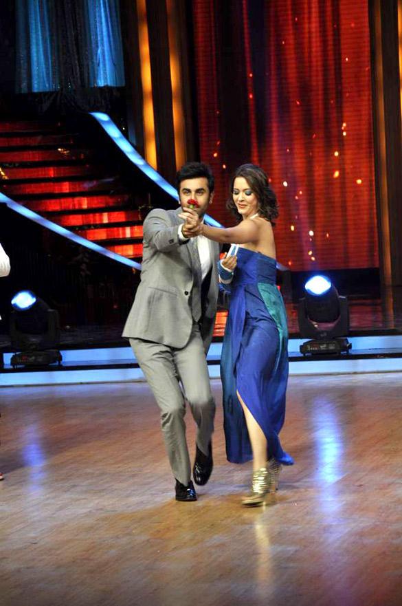 Isha Sharvani and Ranbir Romantic Performance Still At Jhalak Dikhhla Jaa Show