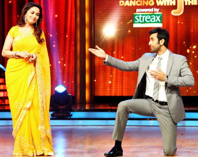 Ranbir Performs With Judges Madhuri at Jhalak Dikhhla Jaa Show For Barfi Promotion