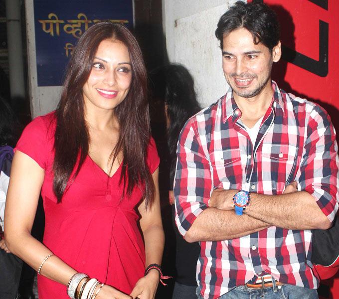 Bipasha Basu With Dino Morea At The Screening of Raaz 3