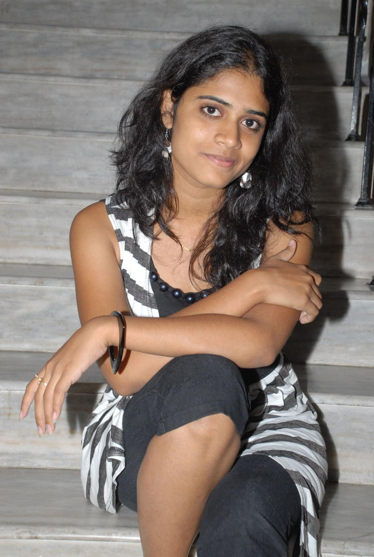 Samatha Hot Photo Shoot On Staircase