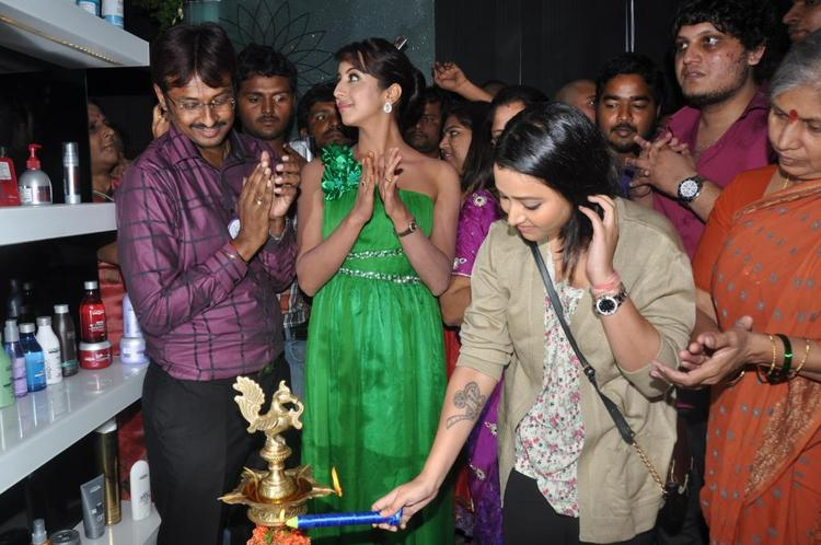Naturals Family Salon Inaugurated by South India Actresses Sanjana Galrani and Swetha Basu