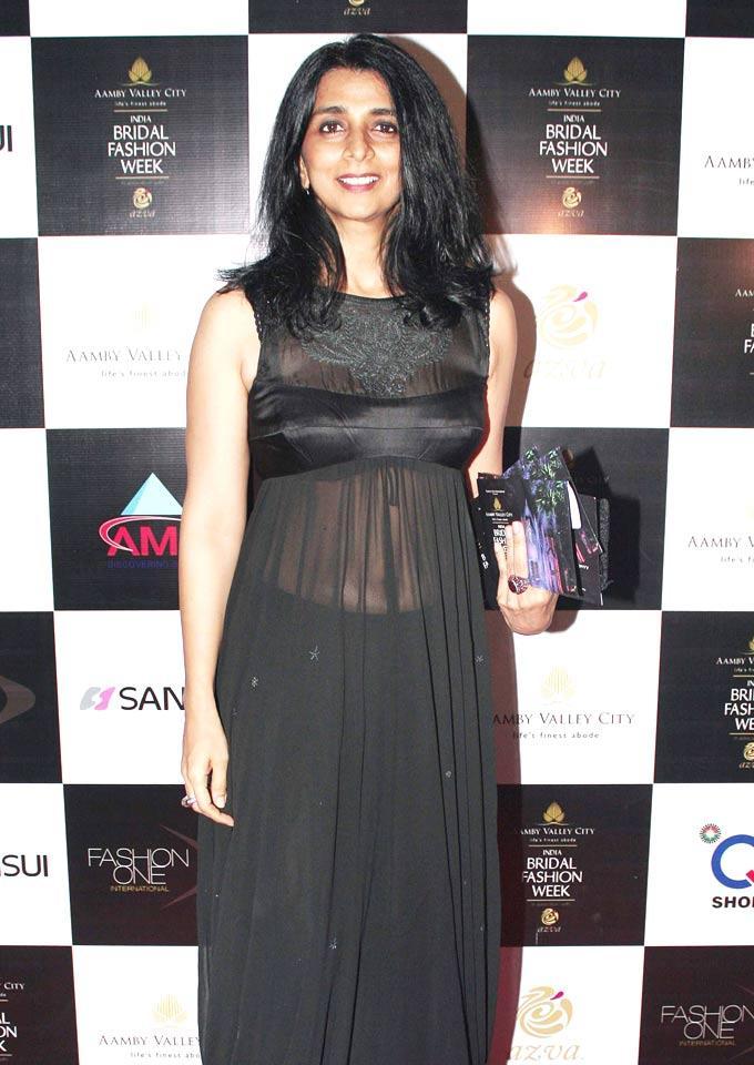 Celeb Pose During India Bridal Fashion Week 2012 In Mumbai