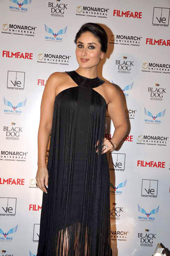 Kareena Sexy Pose in Osman at Filmfare September Issue Launch Event