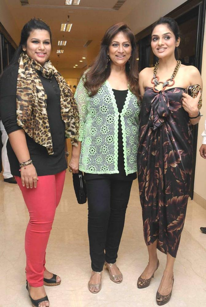 Madhoo Pose With Other Celebs At Sherle Wagner Store Launch Event