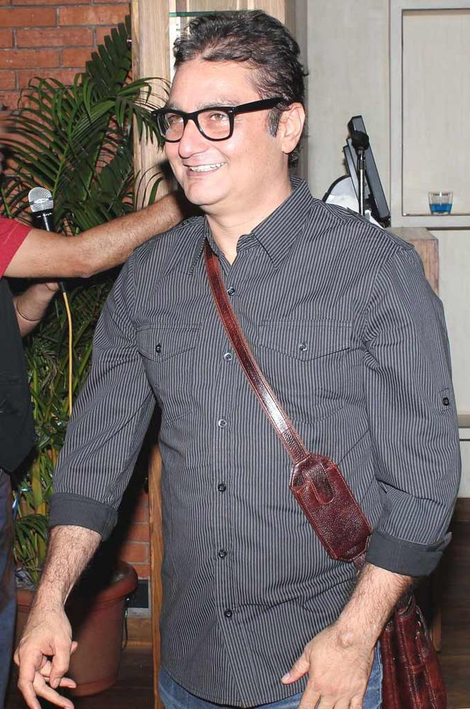 Vinay Pathak The Book Launch Of Minty Tejpal's Book At Cafe Mangii