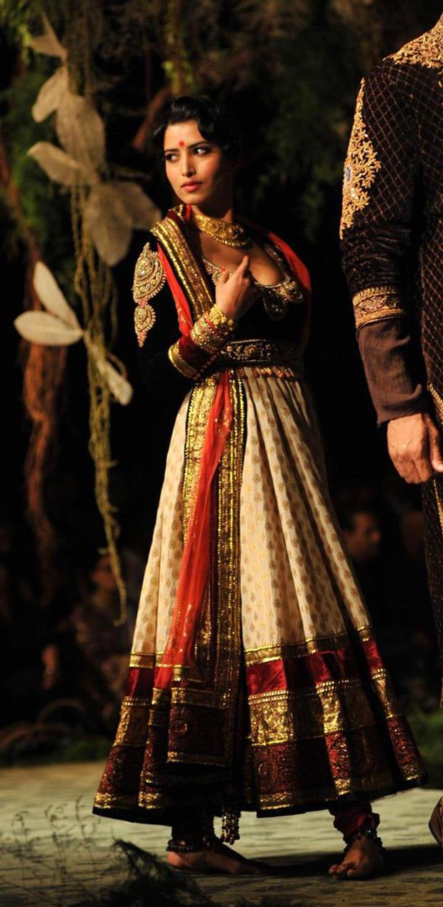 Celeb Walks at Ambey Valley Bridal Fashion Week