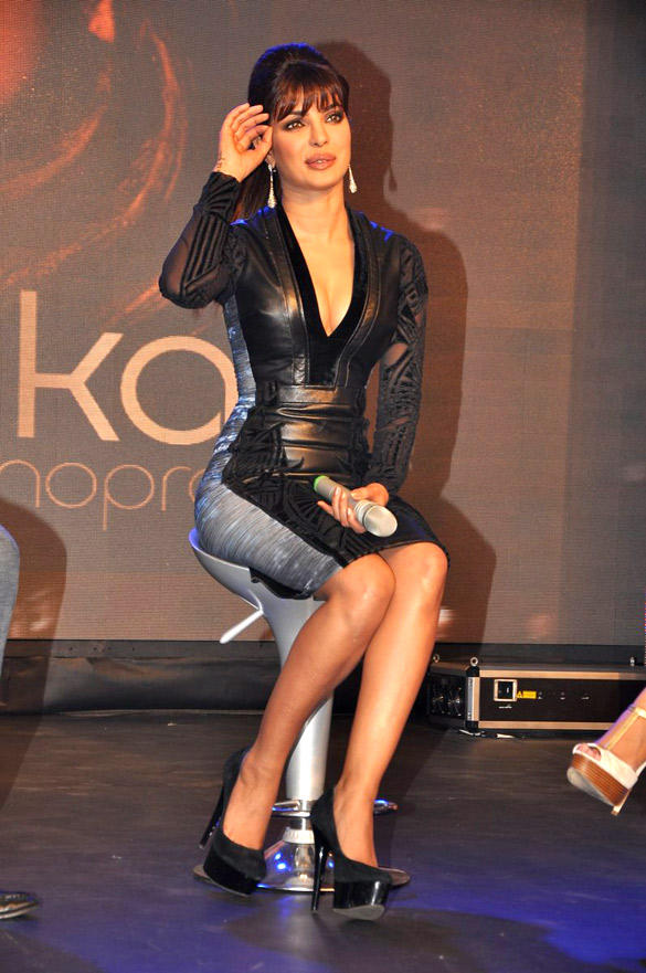 Priyanka Chopra Sizzling Dress Pic at Launch Of Her In My City Album