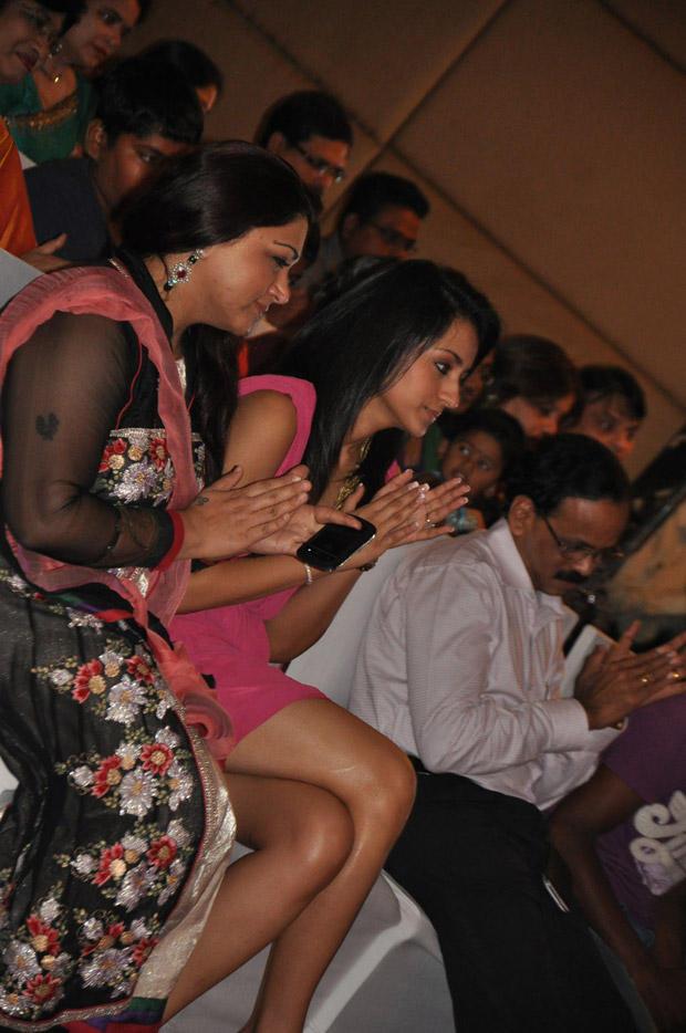 Kushboo Sundar and Trisha at 5th Anniversary Celebration of JFW Magazine