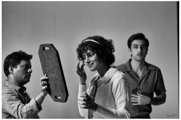 Priyanka Chopra and Ranbir Kapoor On The Sets Of Barfi