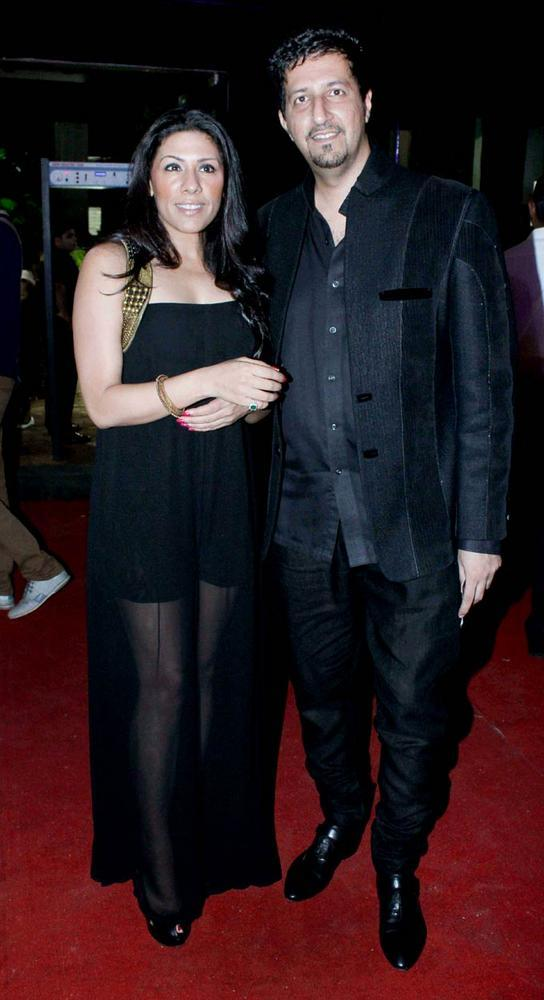 Sulaiman Merchant With Wife at Aamby Valley Bridal Fashion Week 2012 Day 2 Event