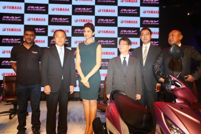 Yamaha's Brand Ambassador Deepika Launches The Yamaha Ray Scooter