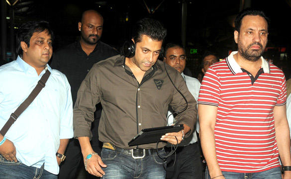 Salman Khan With Bodyguard Shera at Domestic Airport