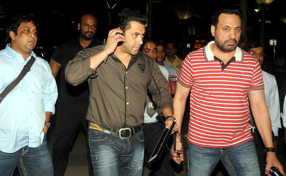 Salman Khan Snapped at Domestic Airport With Bodyguard Shera