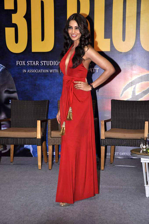 Bipasha Basu In Red Gown At The Success Bash Of Raaz 3