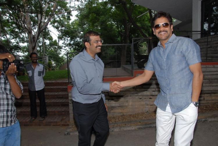 Nagarjuna Pose For Camera at Shirdi Sai Movie Success Meet Event