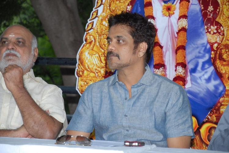 Nagarjuna at Shirdi Sai Movie Success Meet