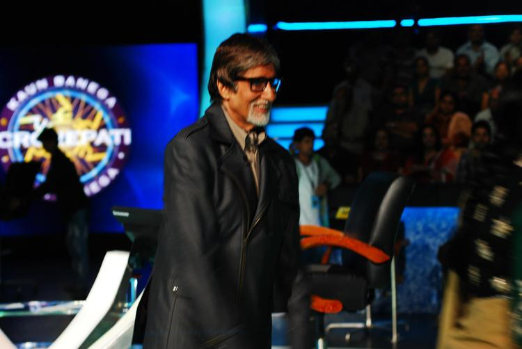 Amitabh Bachchan at Promotional Event Of English Vinglish On The Sets Of KBC 6