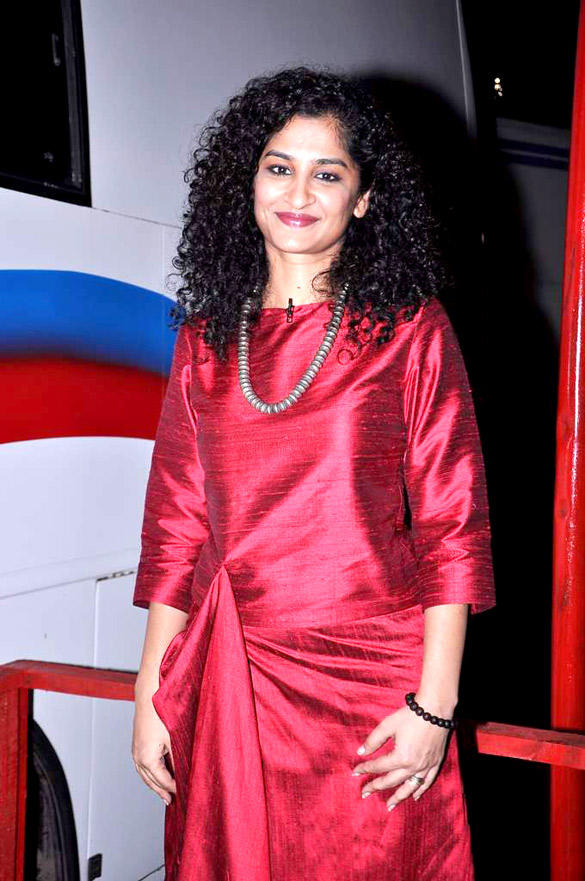 Gauri Shinde On The Sets Of Kaun Banega Crorepati 6 For English Vinglish Promotion