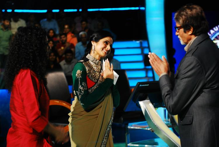 Sridevi Meet Amitabh On The Sets Of KBC 6 For English Vinglish Promotion