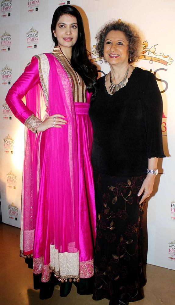 Ankita Shorey with Meher Castelino at Ponds Femina Miss India's 50 Years Celebration