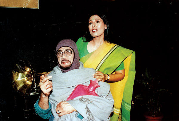 Dinesh Thakur and Prita Mathur In Hai Mera Dil