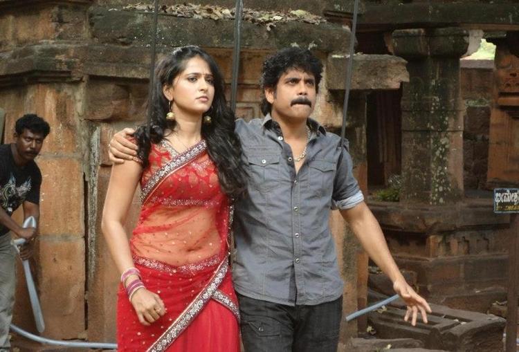 Nagarjuna and Anushka On The Sets Of Damarukam Movie