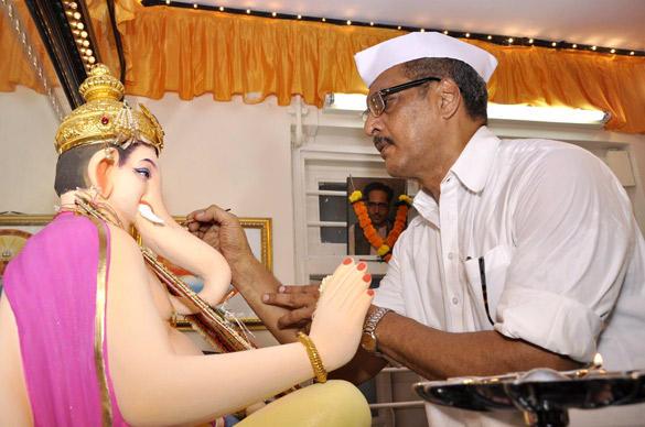 Bollywood Actor Nana Patekar Celebrating Ganesh Chaturthi in Mumbai