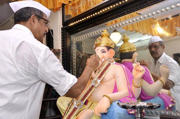 Nana Patekar at His Residence Celebrating Ganesh Chaturthi