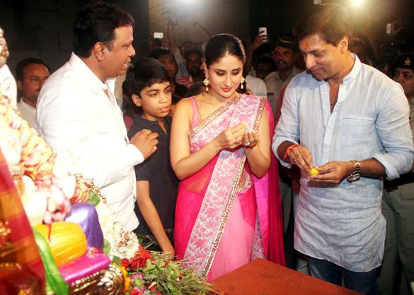 Kareena Kapoor and Madhur Bhandarkar at Ganesh Utsav
