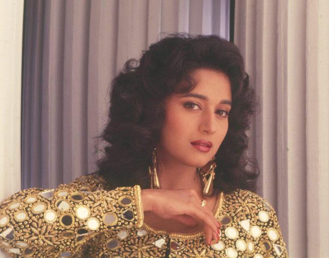 Madhuri Dixit Spicy Romantic Look Still